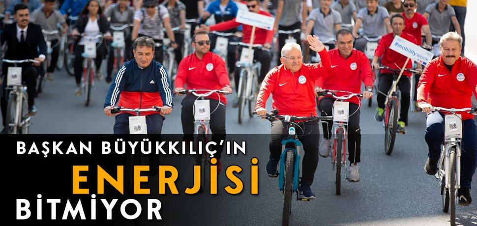 Başkan Büyükkılıç Bisikletle Şehir Turu Attı