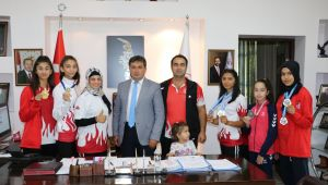 Şampiyonlardan Murat Eskici'ye Ziyaret