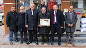 Yahyalı'da 'Altın işletme ödülleri' dağıtılmaya başlandı