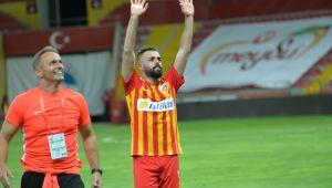 Kayserispor, Beşiktaş'ı 3-1'le geçti