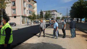 Alparslan Türkeş Caddesi'nde sıcak asfalt serimine başlandı