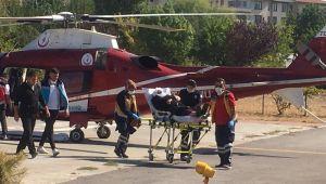 KOAH hastası kadın ambulans helikopterle şehir merkezine getirildi