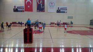 Melikgazi Belediyespor Voleybol Takımı yine galip geldi