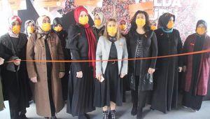 """""""Kadına yönelik şiddet, aileyi parçalıyor"""""""