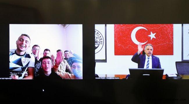 Başkan Yalçın'dan Konyalı gençlere tebrik
