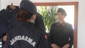 Kayseri'nin ilk kadın ilçe jandarma komutanı işini