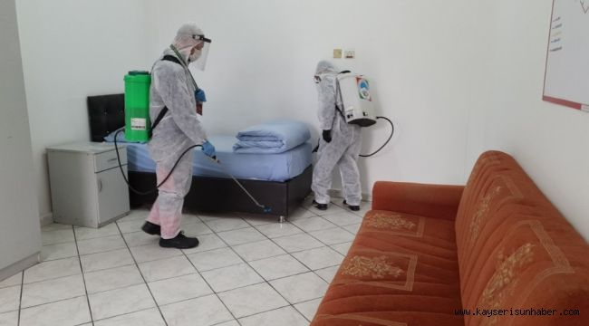 Melikgazi'de 25 araç, 50 personel ile dezenfekte çalışmaları devam ediyor