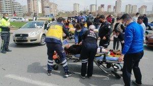 Trafik kazasında can pazarı yaşandı: 1'i ağır 5 yaralı