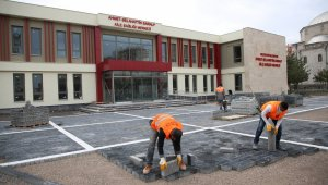 Melikgazi Belediyesi ilçenin dört bir yanında hummalı bir çalışma yürütüyor