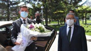 """Bosnalı Büyükelçi'den Büyükkılıç'a: """"Sizin hatırınız biz de 4 bin yıl"""""""