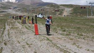 Erciyes'te 2021 Bisiklet Sezonu eğlenceli oyunlar ile açıldı