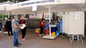 Türkiye'nin en büyük ASM'sinde günde 528 hasta aşılanıyor