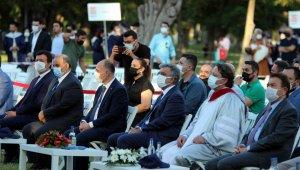 Abdullah Gül Üniversitesi 4. mezunlarını verdi