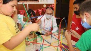 Çandıroğlu, telafi eğitim gören öğrencileri ziyaret etti
