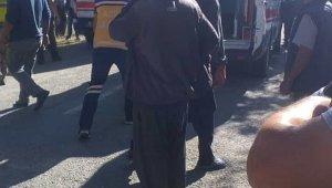 Develi'de minibüs yoldan çıktı: 3 yaralı