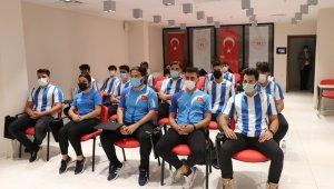 Sutopu oyuncularından Kabakcı'ya ziyaret