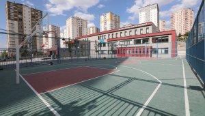 Talas'ta okulların spor sahaları pırıl pırıl
