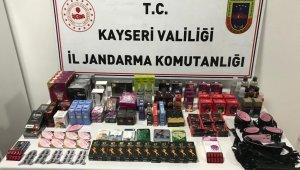 Jandarma satışa hazır halde cinsel ürün ele geçirdi
