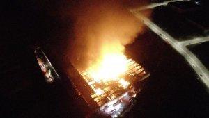Kayseri'deki fabrika yangını havadan görüntülendi